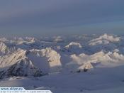 Elbrus ski climb220